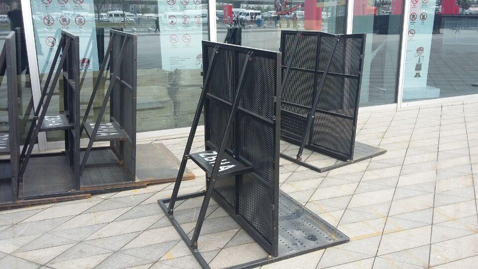 上海铁马栅栏 防爆铁马生产厂家 铁马护栏